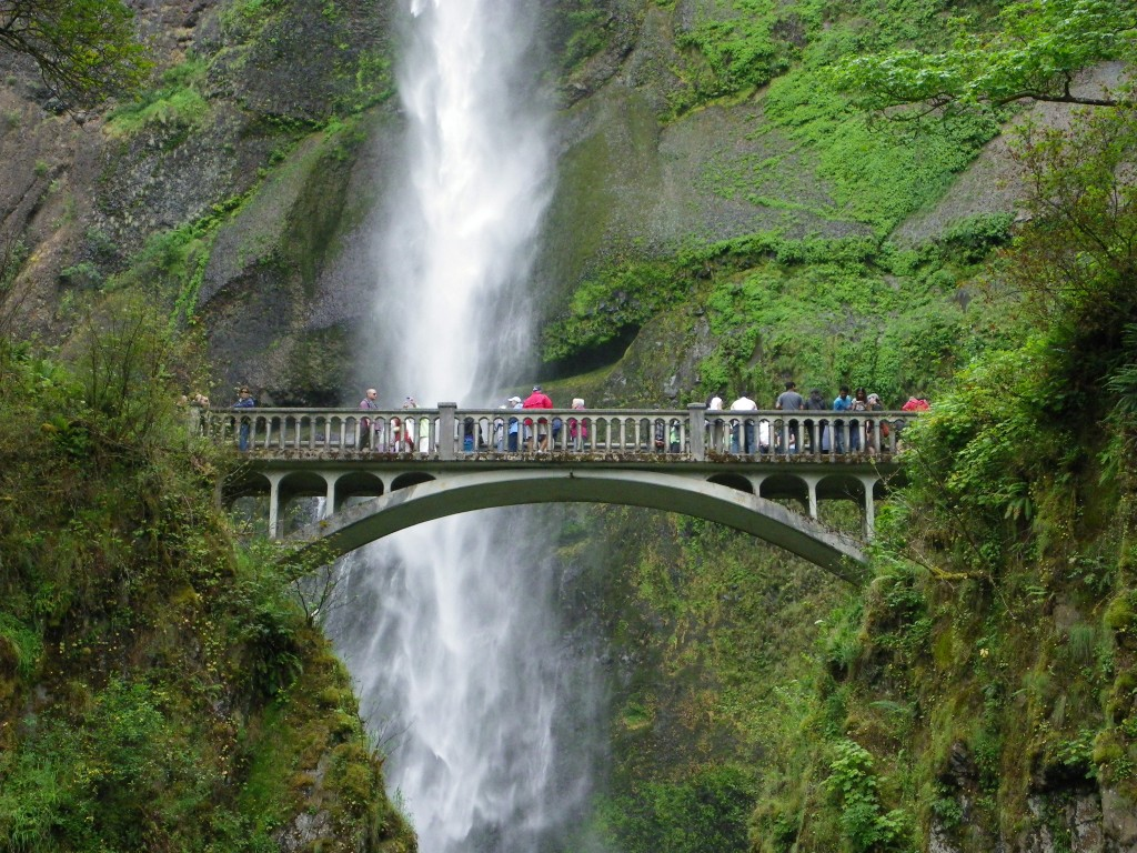 Full-day Multnomah Falls & Gorge Waterfalls tour