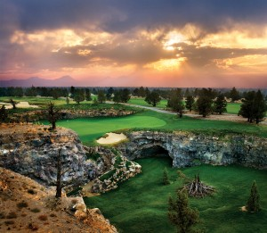 Pronghorn Golf Package