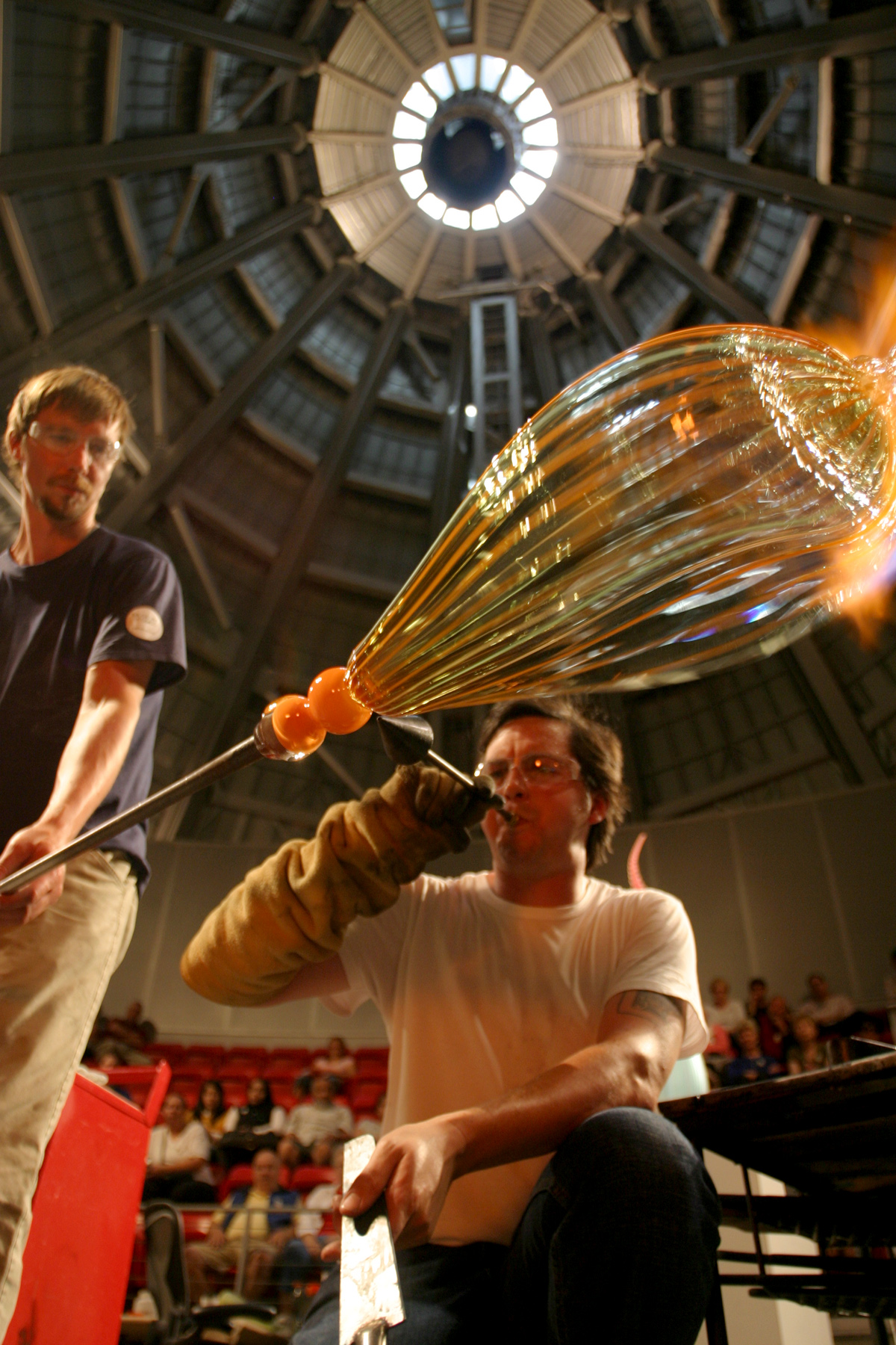 Visiting Artist Jay Macdonell at work in the Museum of Glass Hot Shop, Photo courtesy of Museum of Glass