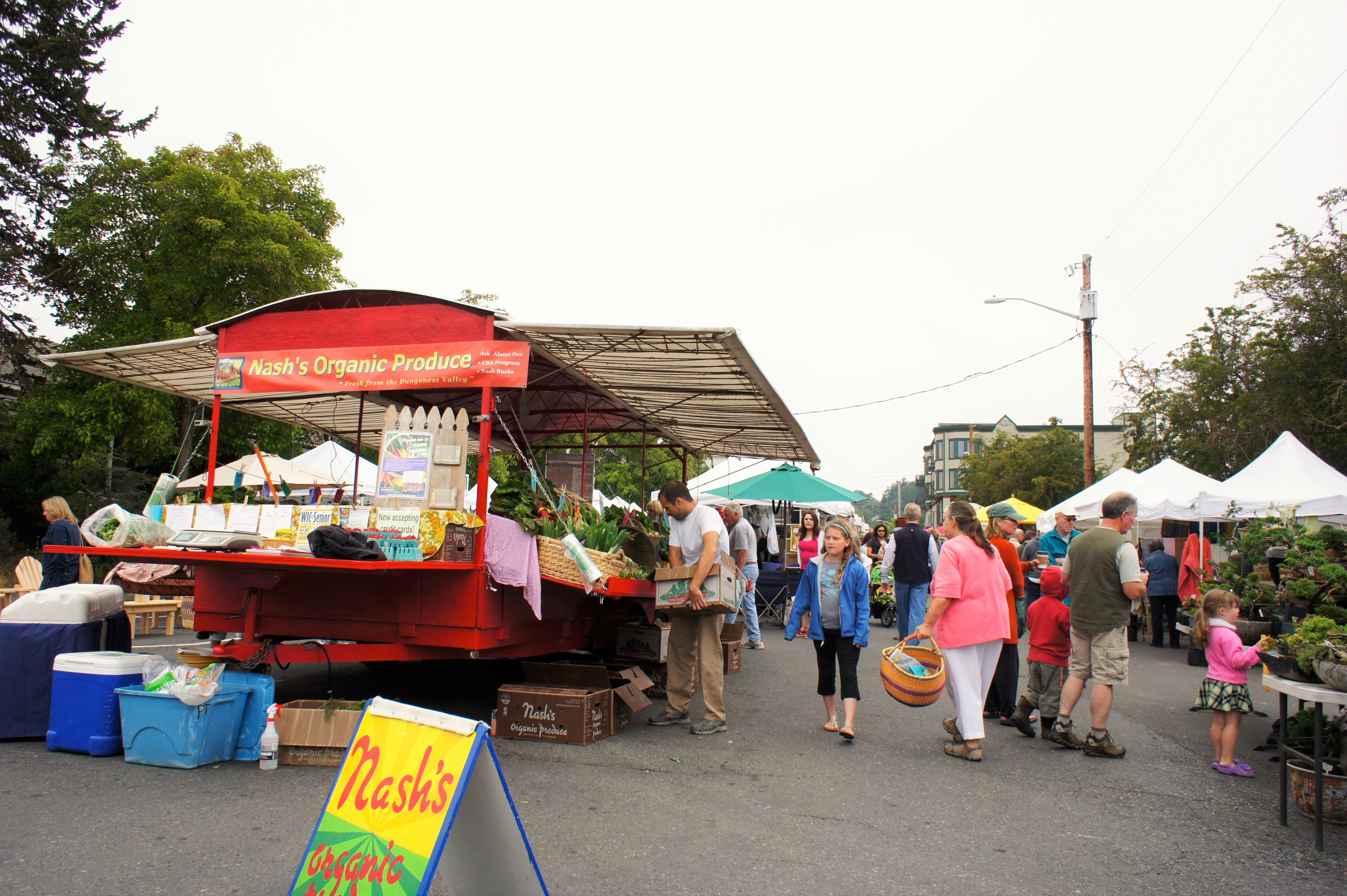 Port Townsend Farmers Market, photo by Ame Rainey via Flickr Creative Commons