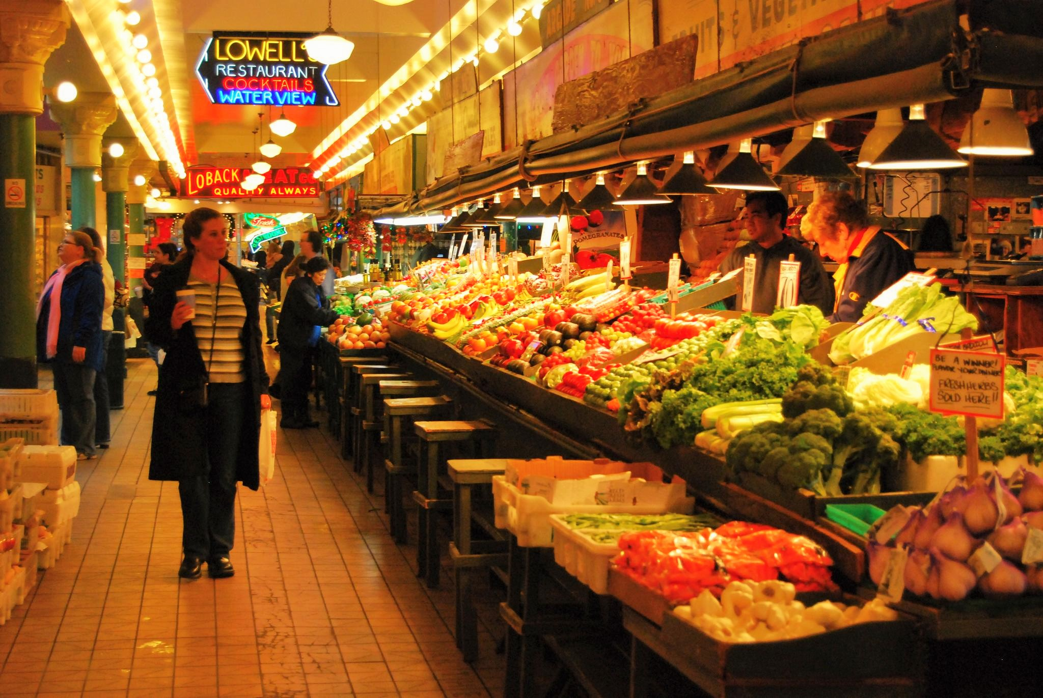 Seattle's Pike Place Market, photo by Long Zheng via Flickr Creative Commons