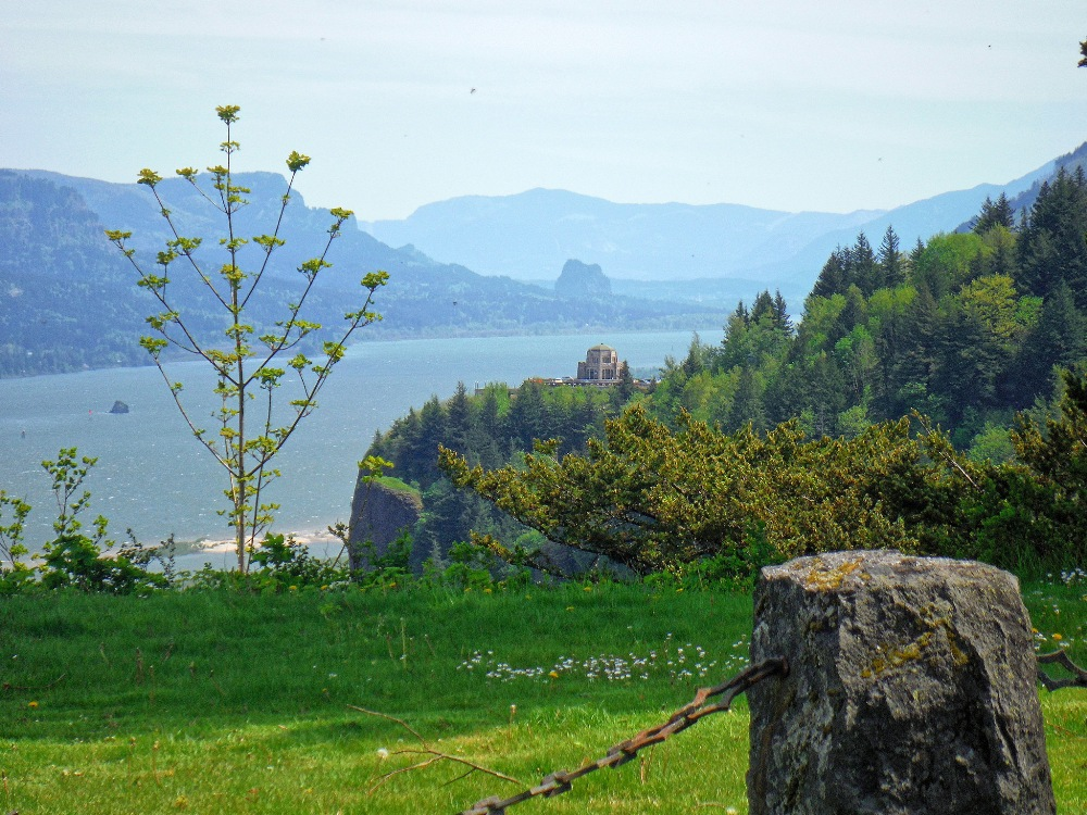 columbia-river-gorge-scenic-highway