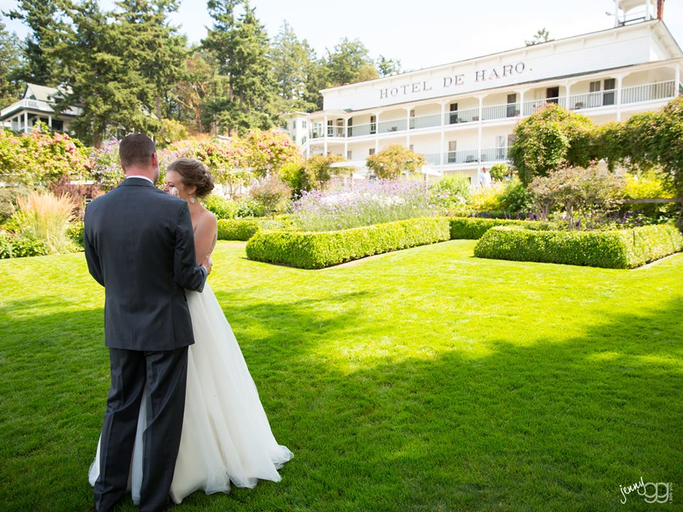 roche harbor - best places to get married in the northwest t