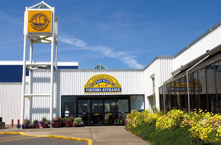 best factory tours in the pacific northwest - tillamook cheese