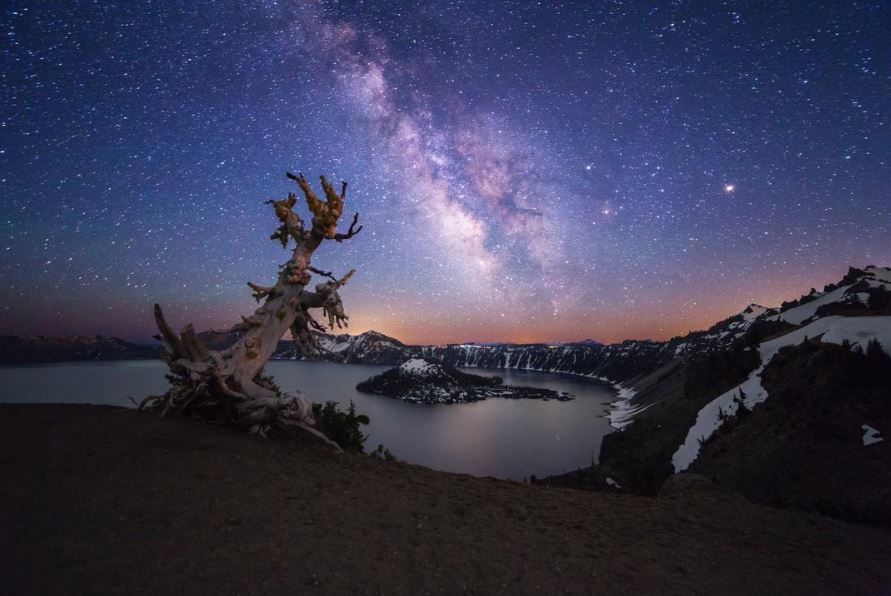 Crater Lake Starry Night  photo credit: @robbyzabala