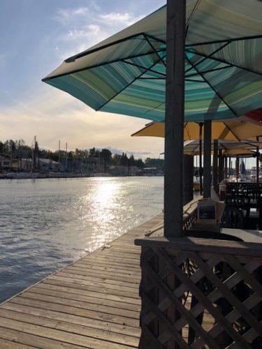 island cafe portland oregon on the water
