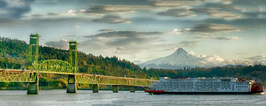 Cruising the Columbia River: Our Northwest Photo of the Week