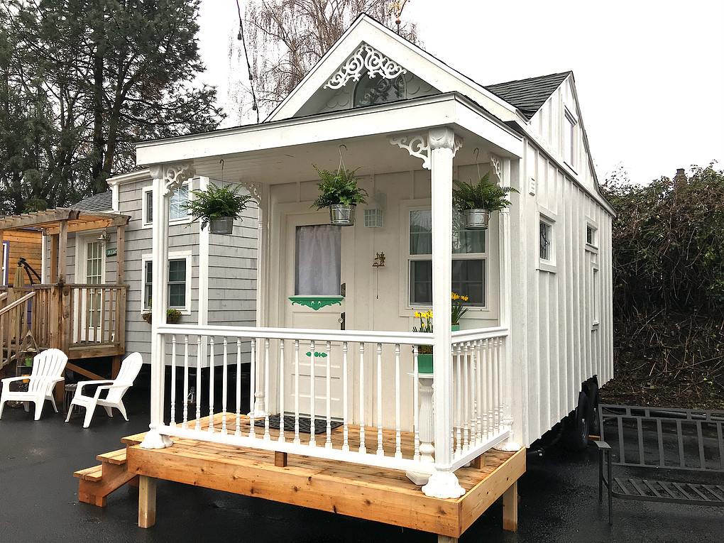 tiny home hotel in Portland Oregon