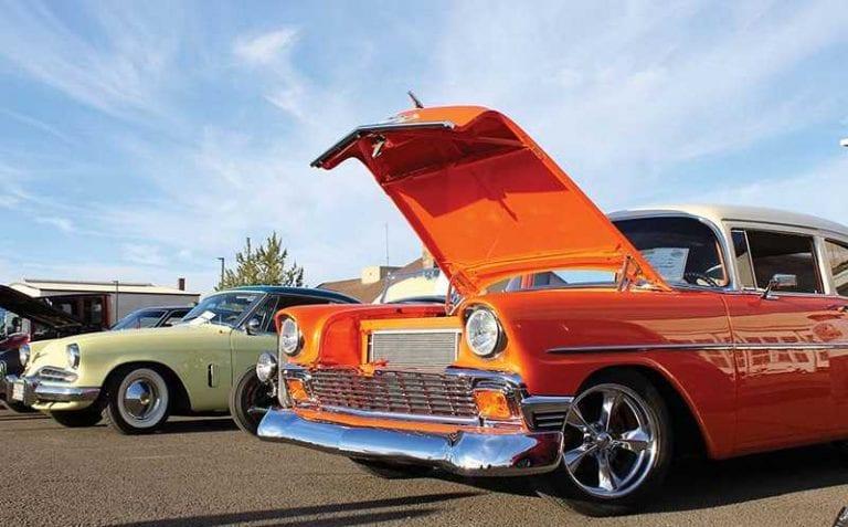 car show at Cascades air show in madras oregon