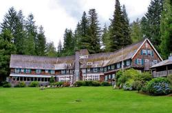 Lodges with Northwest Style