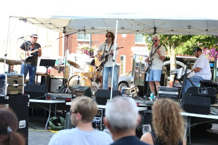 forest grove uncorked live music