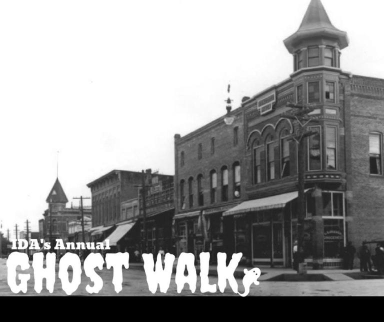Independence Oregon Halloween Ghost Walk