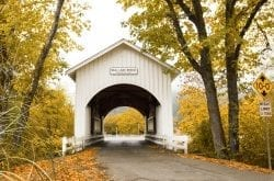 15 Scenic Spots to See Autumn Color in Oregon