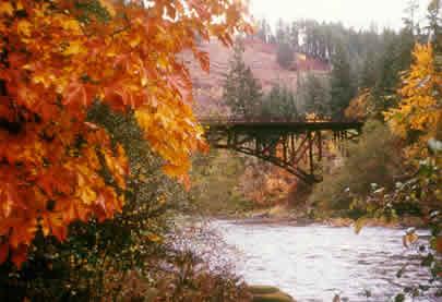 Mott Bridge on the Rogue River in Oregon