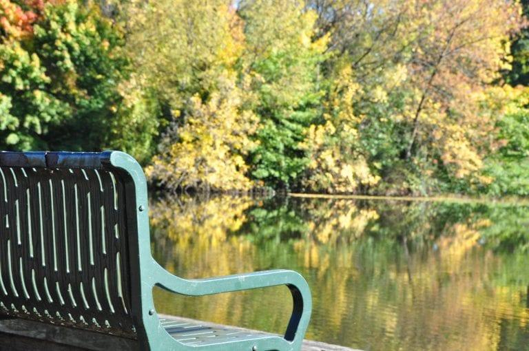 A visit to Longview Washington and Lake Sacajawea in Autumn