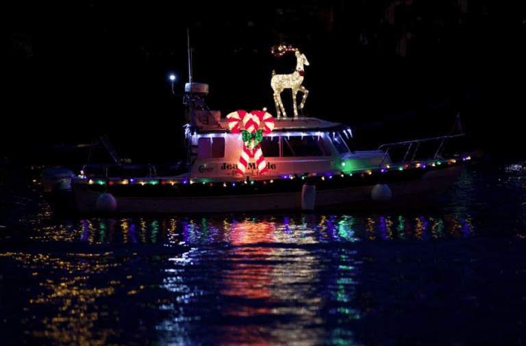 Milwaukie winter solstice celebration Christmas ships parade