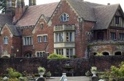Thornewood Castle Inn