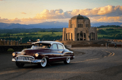 Vista House and Vintage Cars